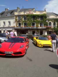 Rassemblement de voitures prestigieuse